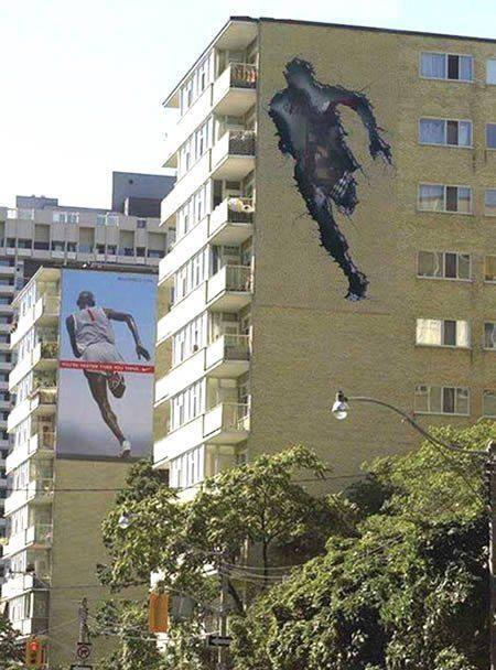 Running ad - Running through a building
